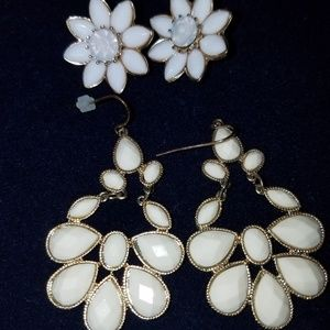 White Flower & Off White Chandelier earrings